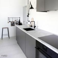 Črna Kuhinjska Pipa - Nivito 5-RH-320